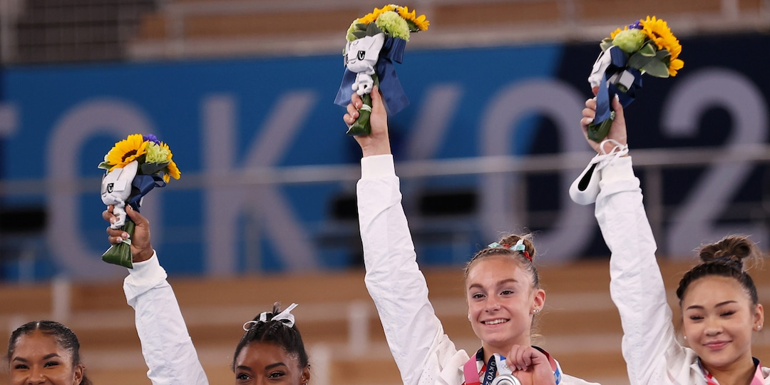 Simone Biles Is the Champion of Our Hearts in These Emotional Photos From the Tokyo Olympics - E! Online.jpg