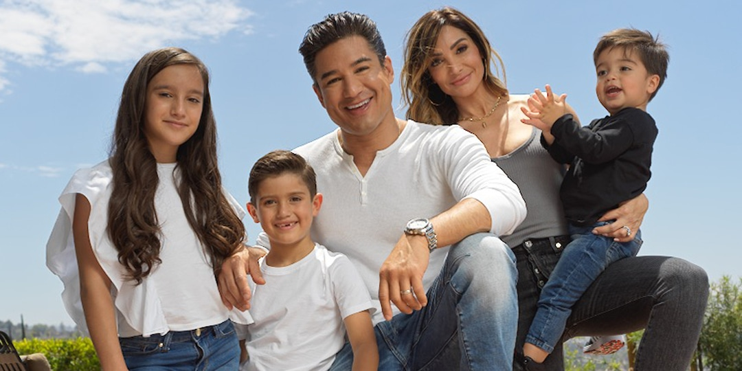Mario Lopez and His Family Are Set for Back to School Thanks to DSW - E! Online.jpg