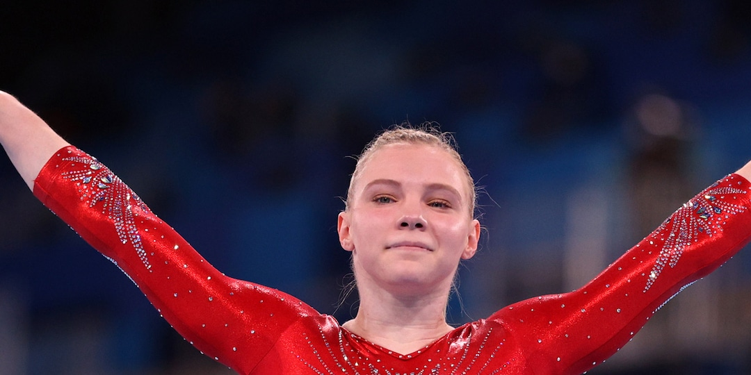 Jade Carey Stepping in for Simone Biles at Tokyo Olympics: 7 Things to Know About the Gymnast - E! Online.jpg