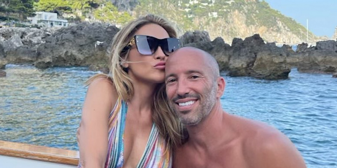 Chrishell Stause Reveals Jason Oppenheim Was the Mystery Man Behind This Gorgeous Gift - E! Online.jpg