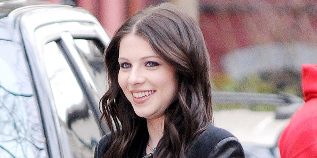 Georgina Sparks' Son Just Appeared on the Gossip Girl Reboot and Fans Are Shook - E! Online.jpg