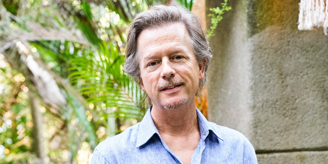 Bachelor in Paradise Shares First Look at David Spade and More Celeb Guest Hosts Headed to Beach - E! Online.jpg