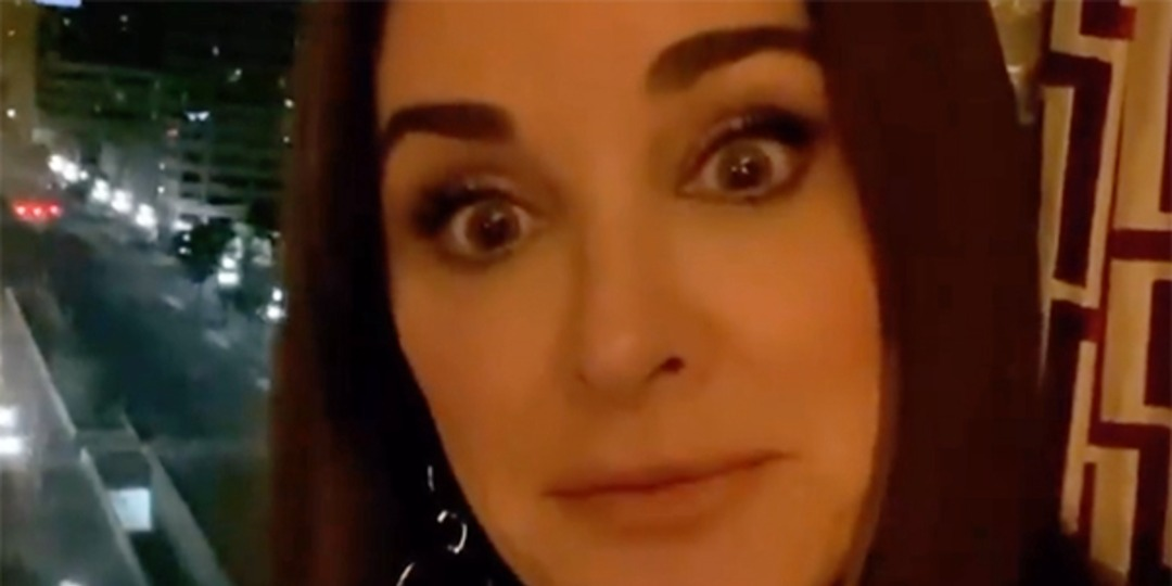 Kyle Richards Just Had Another Bee Run-in—But It's Not What You Think - E! Online.jpg