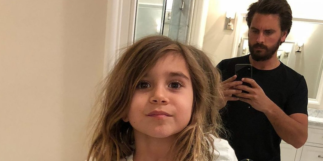 Why The Internet Is So Confused By Scott Disick's Latest Photo of Daughter Penelope - E! Online.jpg