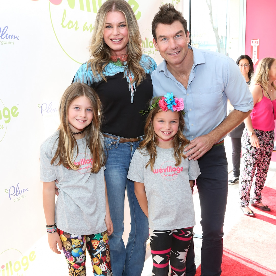 Jerry O'Connell and Rebecca Romijn's 12-Year-Old Twins Are All Grown Up in 7th Grade Pics – E! Online