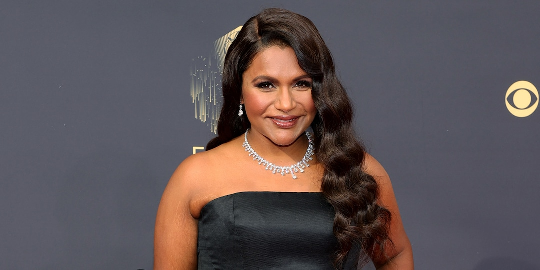 Mindy Kaling Puts a Bow on Her Incredible Year With Fanciful Look at The 2021 Emmys - E! Online.jpg