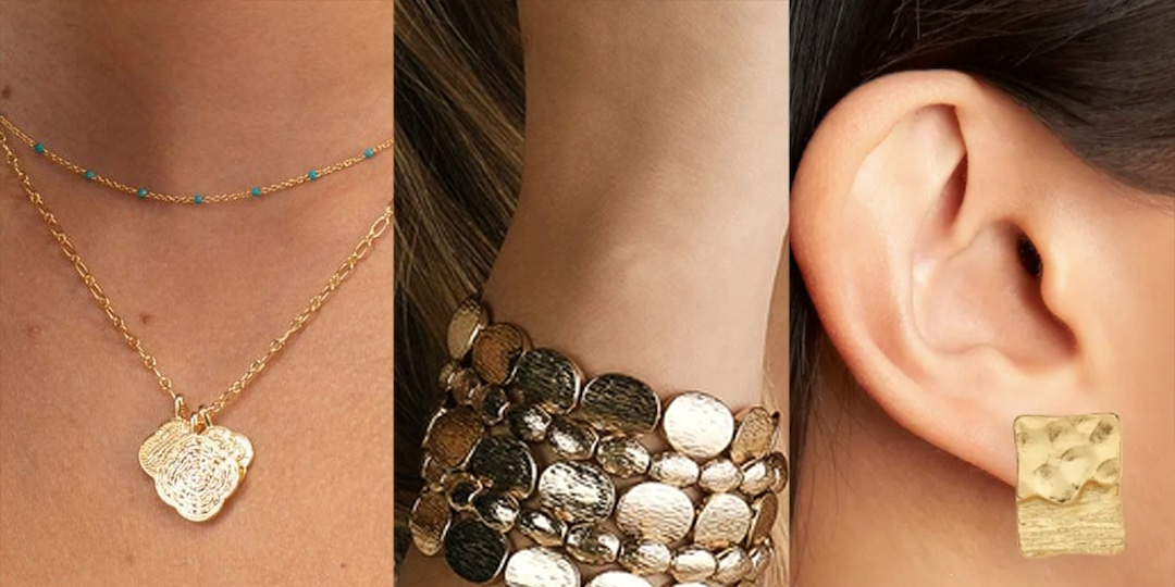 All About the Textured Jewelry Trend You'll See Everywhere This Fall - E! Online.jpg