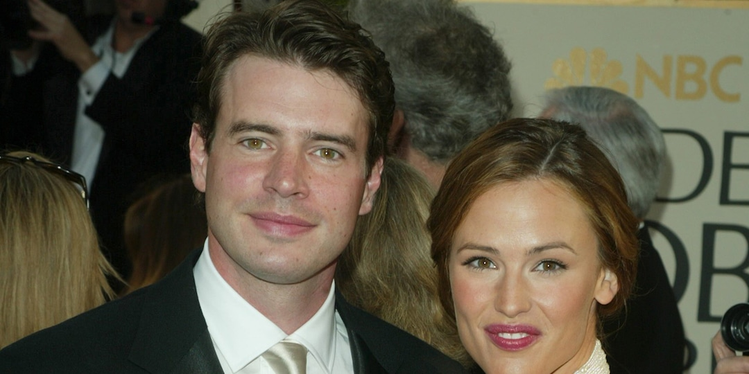 "Scott Foley Makes Rare Comment About His ""Short-Lived Marriage"" to Jennifer Garner - E! Online.jpg"