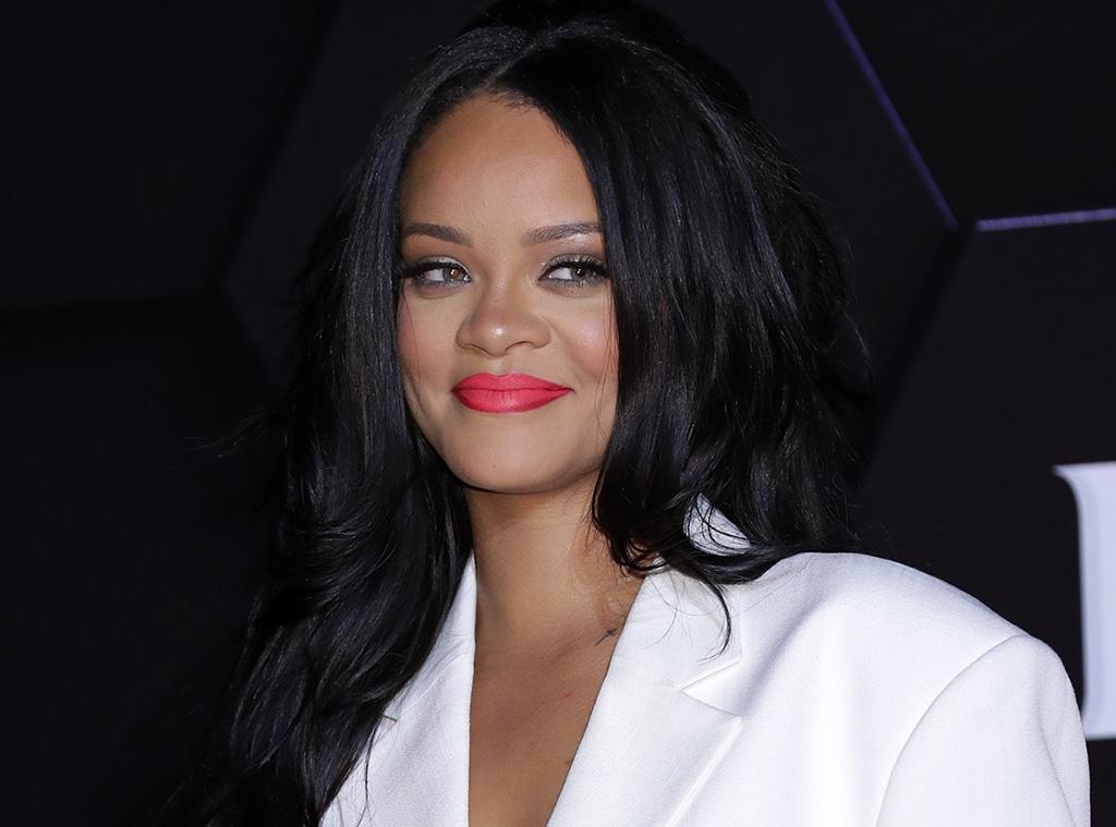 E-comm: Rihanna Fenty Beauty Sale