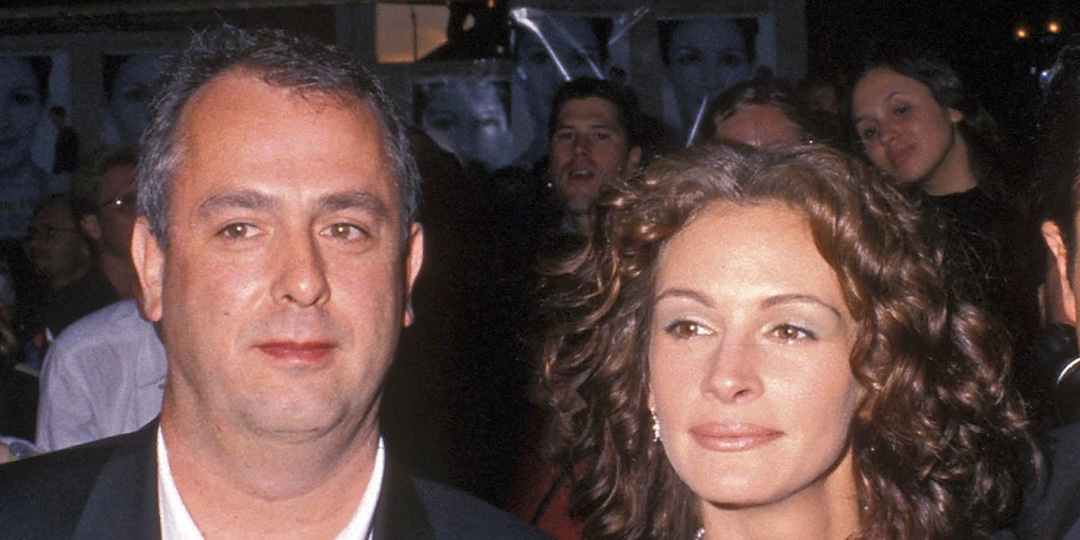 """Julia Roberts Mourns Death of """"Kind and Gentle"""" Notting Hill Director Roger Michell - E! Online.jpg"""