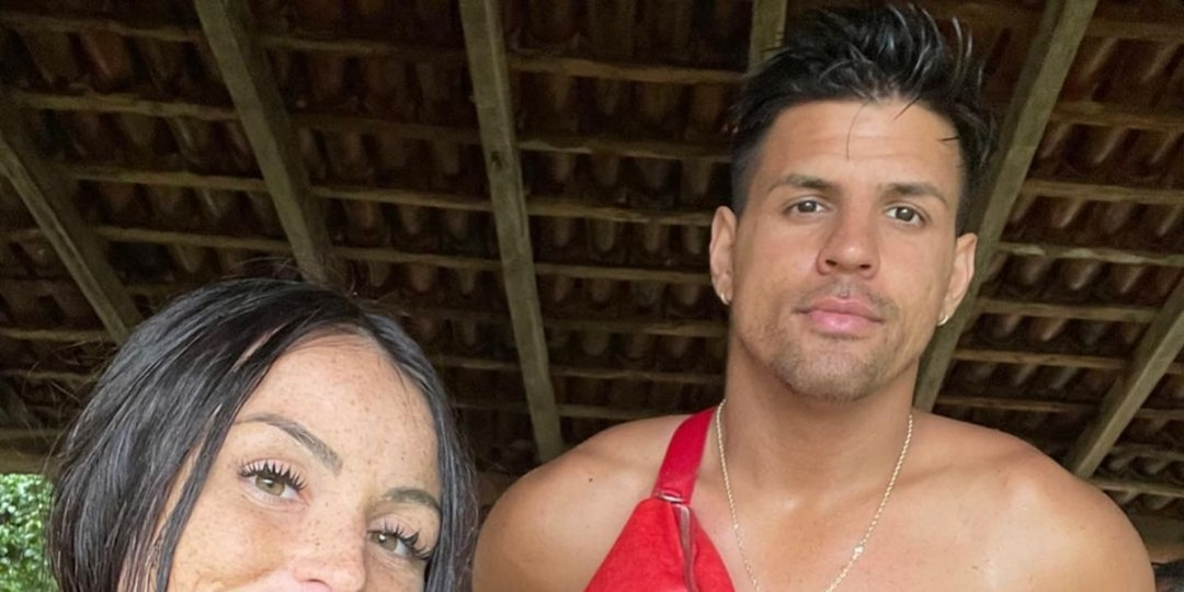 """The Challenge's Amanda Garcias Is """"Done"""" With Fessy Shafaat After He's Spotted With Mystery Woman - E! Online.jpg"""