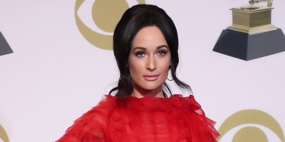 Kacey Musgraves Reacts After Grammys Exclude Her New Album From Country Category - E! Online.jpg