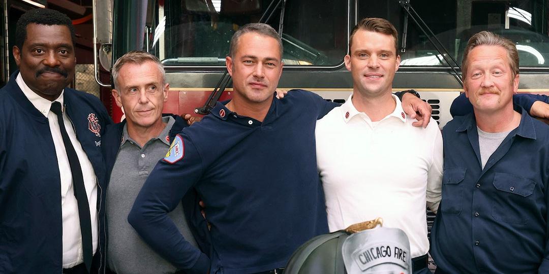 See Taylor Kinney, Eamonn Walker & More Chicago Fire Stars Celebrate 200th Episode Milestone - E! Online.jpg