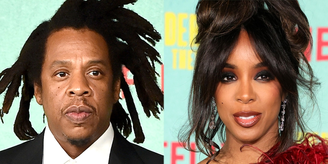 Jay-Z Has the Sweetest Reaction to Seeing Kelly Rowland at The Harder They Fall Premiere - E! Online.jpg