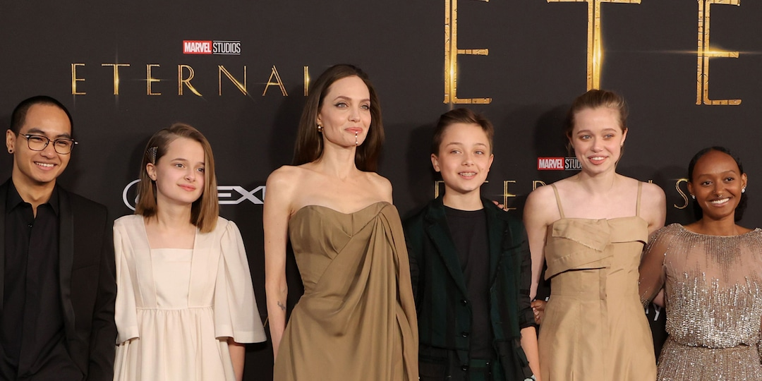 See Angelina Jolie's Daughter Recreate Her 2014 Oscars Look at Eternals Premiere With Siblings - E! Online.jpg