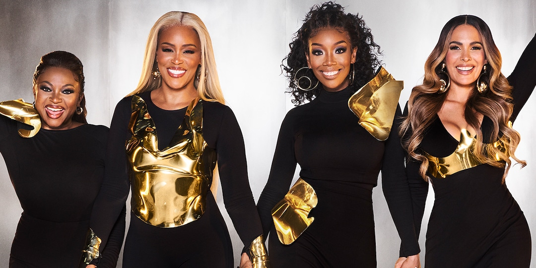 See the Stars of Queens Sound Off on Girls5eva Comparisons - E! Online.jpg