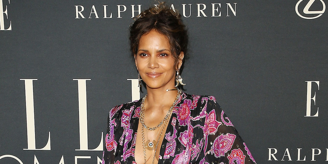 Halle Berry, Hailey Bieber and More Turn Heads at ELLE's 2021 Women in Hollywood Event - E! Online.jpg