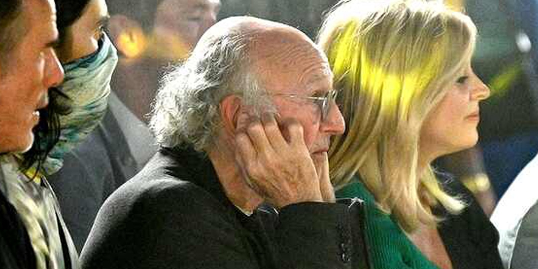 Larry David Reveals the Real Reason He Plugged His Ears at NYFW - E! Online.jpg