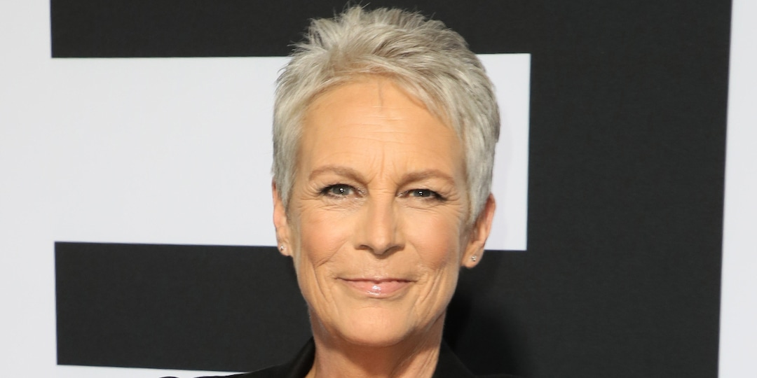 Jamie Lee Curtis and Her Daughter Recall The Emotional Moment Ruby Came Out to Her as Transgender - E! Online.jpg