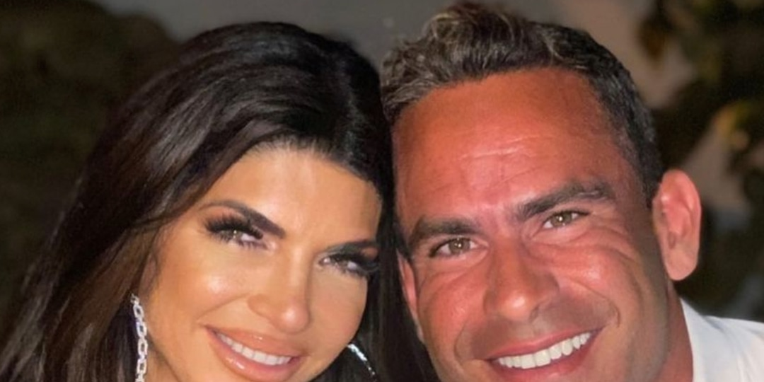 Relive Teresa Giudice and Luis Ruelas' Sizzling Romance in Honor of Their Engagement - E! Online.jpg