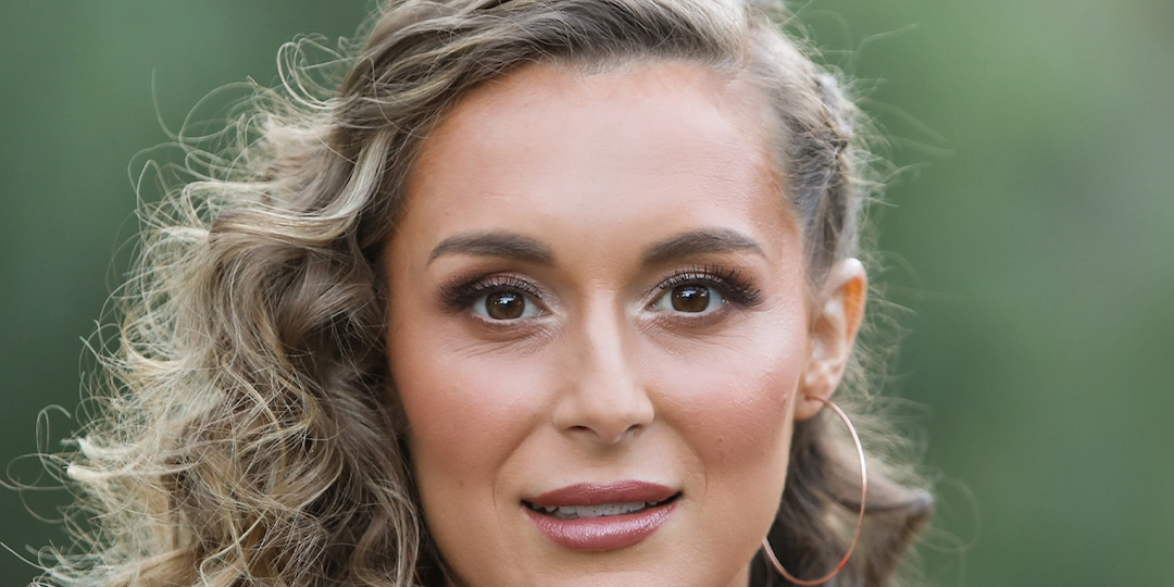"""Alexa PenaVega Reacts to """"Ugly"""" Assumptions About Her Parenting After Son's Injury - E! Online.jpg"""