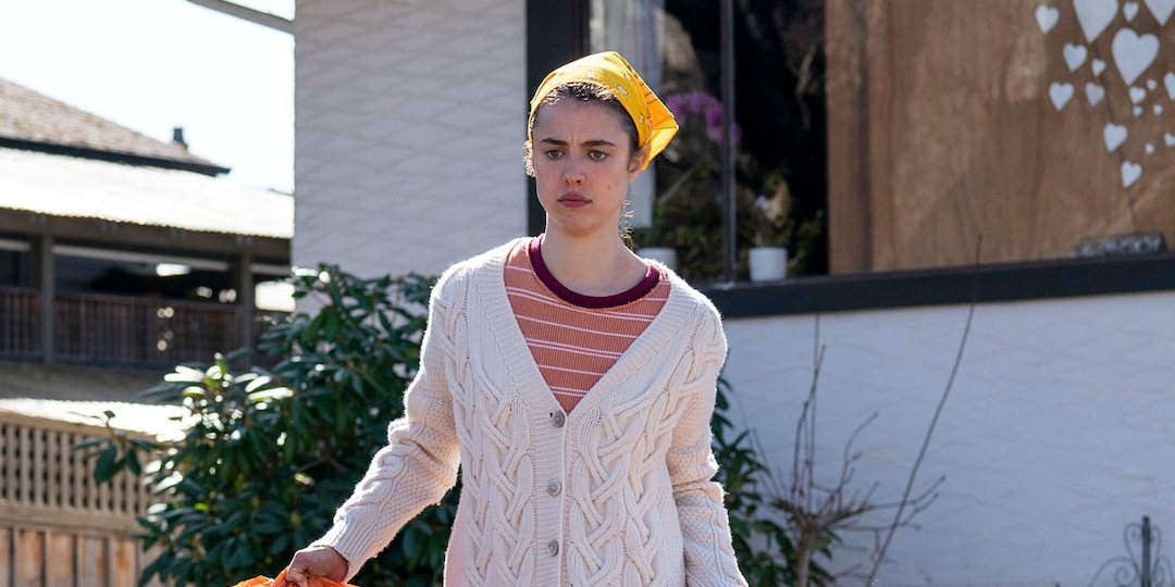 Maid's Margaret Qualley Reveals the Truth About Those Disgusting Cleaning Scenes - E! Online.jpg