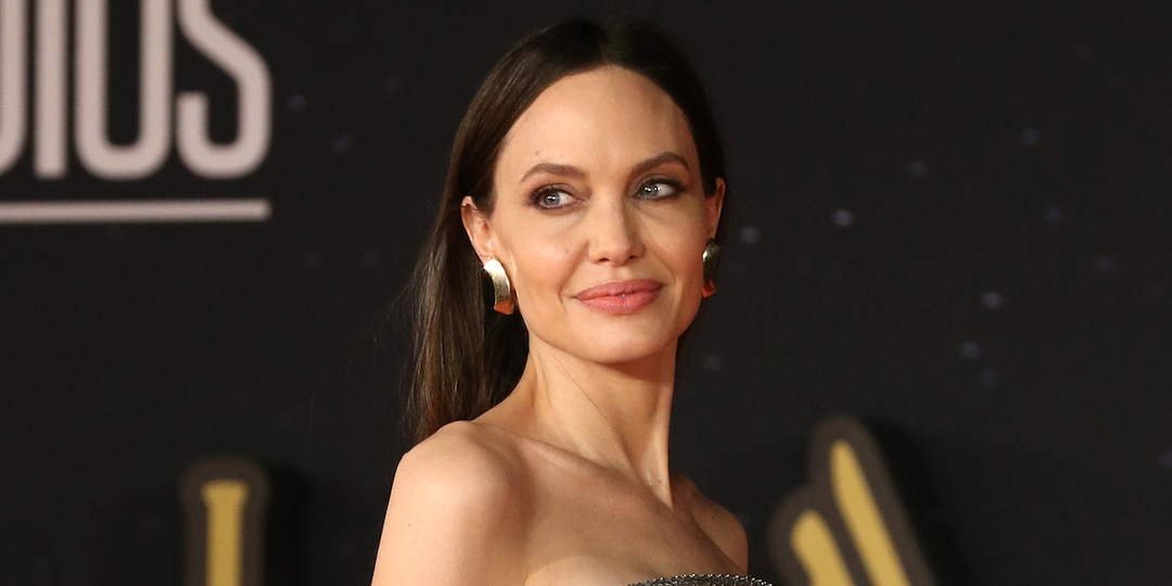 Angelina Jolie, Zahara and Shiloh Showcase Glam Looks at Another Red Carpet Premiere - E! Online.jpg