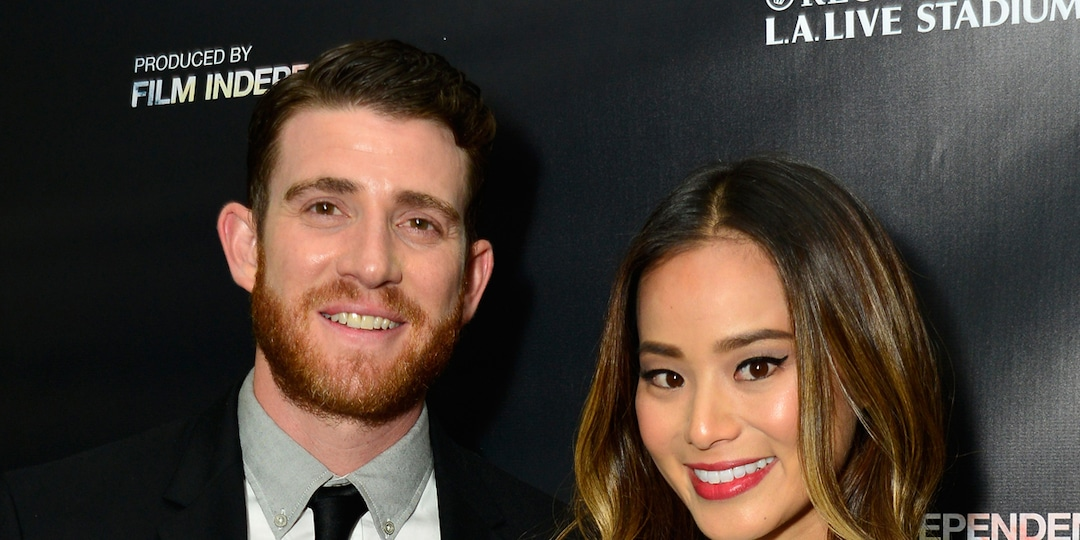 Jamie Chung and Bryan Greenberg Privately Welcome Twins - E! Online.jpg